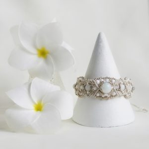 bridal inspired white and silver beaded macrame bracelet