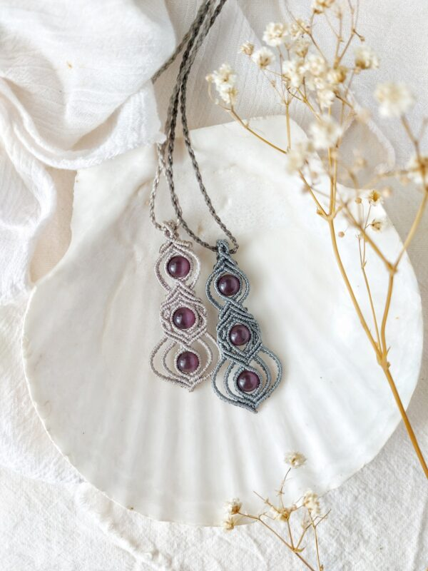 Minimal macrame necklaces with three beads