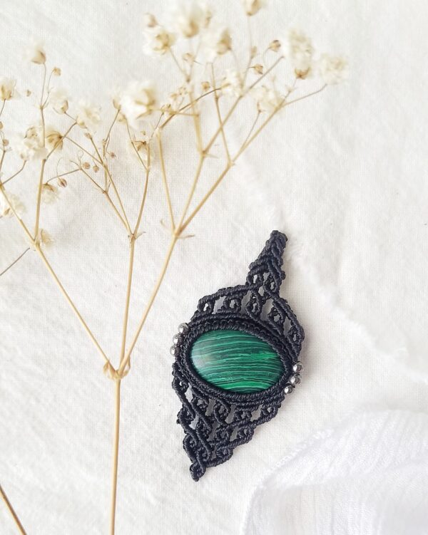 Malachite macarme necklace with black cord